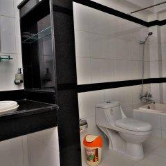 Отель Trekkers Inn Непал, Покхара - отзывы, цены и фото номеров - забронировать отель Trekkers Inn онлайн ванная