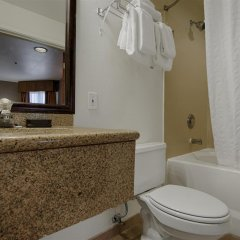 Отель Best Western PLUS Villa del Lago Inn ванная фото 2