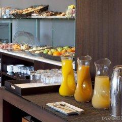 Отель AC Hotel Sevilla Forum by Marriott Испания, Севилья - отзывы, цены и фото номеров - забронировать отель AC Hotel Sevilla Forum by Marriott онлайн питание фото 2