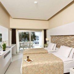 Отель Altin Yunus Cesme Чешме комната для гостей фото 2