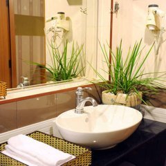 Thuy Sakura Hotel & Serviced Apartment ванная фото 2