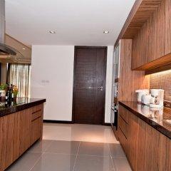 Отель Karonview 2 Пхукет в номере