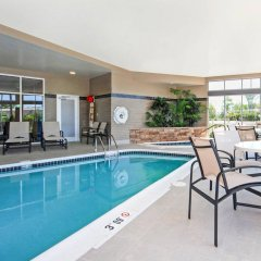 Отель Cambria Hotel Akron - Canton Airport США, Юнионтаун - отзывы, цены и фото номеров - забронировать отель Cambria Hotel Akron - Canton Airport онлайн бассейн фото 3