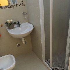 Hotel Ridens Римини ванная