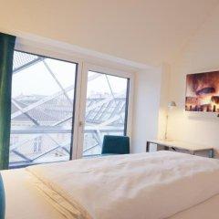Отель Motel One Wien-Staatsoper Австрия, Вена - 1 отзыв об отеле, цены и фото номеров - забронировать отель Motel One Wien-Staatsoper онлайн комната для гостей фото 3
