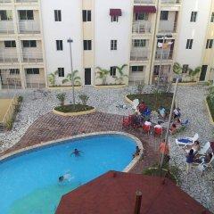 Отель Gorgeous Three Level Penthouse бассейн фото 2