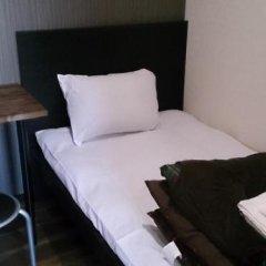 Отель Stay30 - Caters to Men Япония, Хаката - отзывы, цены и фото номеров - забронировать отель Stay30 - Caters to Men онлайн комната для гостей фото 3
