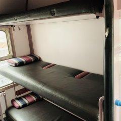 Отель Train Cabin Hostel Бельгия, Брюссель - отзывы, цены и фото номеров - забронировать отель Train Cabin Hostel онлайн фитнесс-зал фото 3