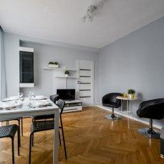 Отель Downtown Apartments Польша, Варшава - отзывы, цены и фото номеров - забронировать отель Downtown Apartments онлайн помещение для мероприятий фото 2