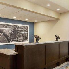 Отель Hampton Inn & Suites Springdale интерьер отеля