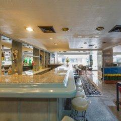 Отель Far East Inn Бангкок гостиничный бар