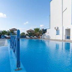 Отель Letta Studios Греция, Остров Санторини - отзывы, цены и фото номеров - забронировать отель Letta Studios онлайн бассейн фото 3