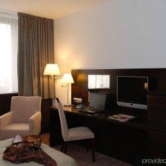 Отель Holiday Inn Bratislava удобства в номере