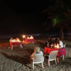 Отель Oasey Beach Hotel Шри-Ланка, Индурува - 2 отзыва об отеле, цены и фото номеров - забронировать отель Oasey Beach Hotel онлайн с домашними животными