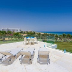 Отель Villa Mermaid Кипр, Протарас - отзывы, цены и фото номеров - забронировать отель Villa Mermaid онлайн бассейн
