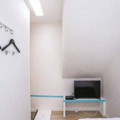 Star Hostel Dongdaemun Suite Сеул сейф в номере