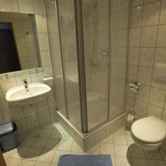 Отель Aquamarina Hotel Венгрия, Будапешт - 2 отзыва об отеле, цены и фото номеров - забронировать отель Aquamarina Hotel онлайн ванная фото 2