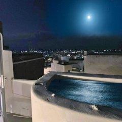 Отель The Luna Suites Греция, Остров Санторини - отзывы, цены и фото номеров - забронировать отель The Luna Suites онлайн бассейн фото 2
