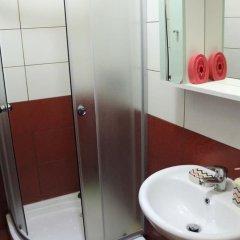 Отель Rooms Merlika Албания, Kruje - отзывы, цены и фото номеров - забронировать отель Rooms Merlika онлайн ванная