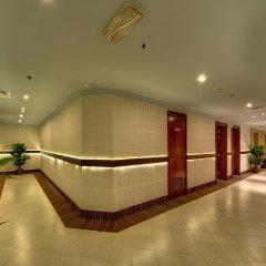 Al Manar Grand Hotel Apartments интерьер отеля