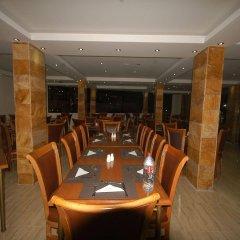 Отель Sharah Mountains Hotel Иордания, Вади-Муса - отзывы, цены и фото номеров - забронировать отель Sharah Mountains Hotel онлайн питание фото 3