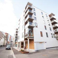 Апартаменты Damsgård Apartments парковка