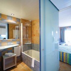 Отель Occidental Cala Vinas ванная фото 2