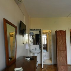 Отель Berk Guesthouse - 'Grandma's House' в номере