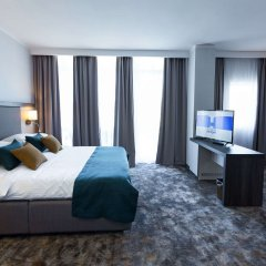 Отель Best Western Plus Premium Inn Солнечный берег комната для гостей фото 2