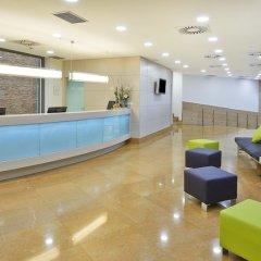 Отель Hesperia Ramblas Испания, Барселона - отзывы, цены и фото номеров - забронировать отель Hesperia Ramblas онлайн бассейн фото 2