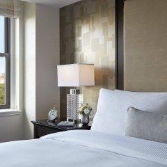 Отель JW Marriott Essex House New York США, Нью-Йорк - 8 отзывов об отеле, цены и фото номеров - забронировать отель JW Marriott Essex House New York онлайн удобства в номере фото 2