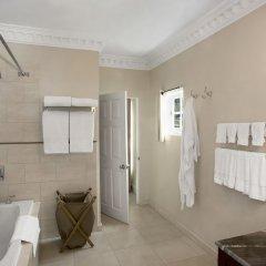 Отель Rose Hall Villas By Half Moon Ямайка, Монтего-Бей - отзывы, цены и фото номеров - забронировать отель Rose Hall Villas By Half Moon онлайн ванная