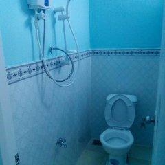 Отель Dai Thanh Guesthouse Вьетнам, Буонматхуот - отзывы, цены и фото номеров - забронировать отель Dai Thanh Guesthouse онлайн ванная