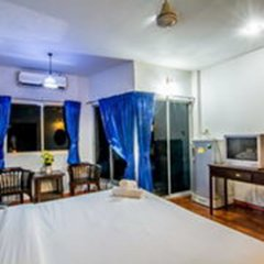 Отель Sutus Court 1 Паттайя комната для гостей фото 3