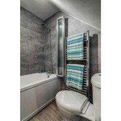 Отель Fantastically Modern, Clean 1 Bedroom Flat for 4 ванная фото 2