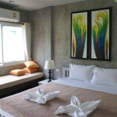 Отель Bans Avenue Guesthouse комната для гостей