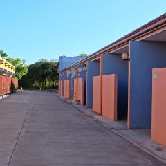Отель Mactan Golden Motel Филиппины, Лапу-Лапу - отзывы, цены и фото номеров - забронировать отель Mactan Golden Motel онлайн парковка