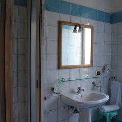 Отель Villa Julia Италия, Помпеи - отзывы, цены и фото номеров - забронировать отель Villa Julia онлайн ванная фото 2