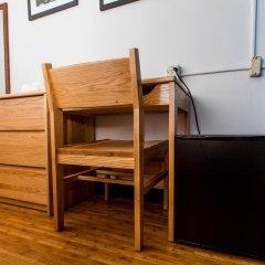 Отель Vanderbilt YMCA Номер Делюкс с различными типами кроватей фото 4