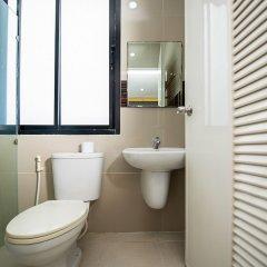 Отель Phoomjai House Таиланд, Бухта Чалонг - отзывы, цены и фото номеров - забронировать отель Phoomjai House онлайн ванная