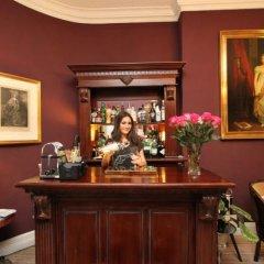 Отель Arosfa гостиничный бар