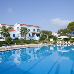 Апарт-Отель Govino Bay бассейн