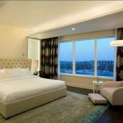 Отель Hilton Capital Grand Abu Dhabi 5* Президентский люкс с различными типами кроватей