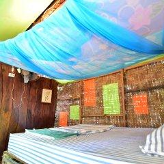 Отель Sirianda Bungalows Ланта комната для гостей