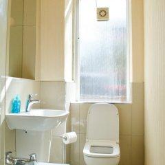 Отель 1 Bedroom Flat In Roseburn Эдинбург ванная