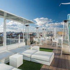 Отель Room Mate Oscar Испания, Мадрид - отзывы, цены и фото номеров - забронировать отель Room Mate Oscar онлайн гостиничный бар