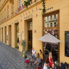 Отель Ea Manes Прага фото 3