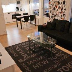 Апартаменты Local Nordic Apartments - Arctic Fox Ювяскюля комната для гостей фото 3