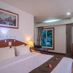 Отель Aloha Resort сейф в номере