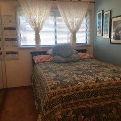 Отель Diana's Luxury Bed and Breakfast Канада, Ванкувер - отзывы, цены и фото номеров - забронировать отель Diana's Luxury Bed and Breakfast онлайн комната для гостей